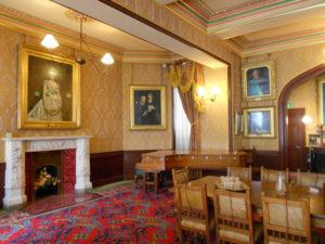 bodelwyddan-castle-dining-room