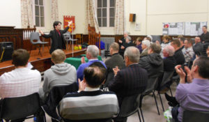 audience-applause-north-wales-magic-circle