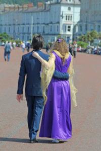 llandudno-promenade-sunshine