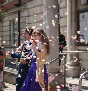 llandudno-town-hall-wedding-confetti