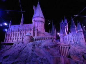 hogwarts-large-scale-model