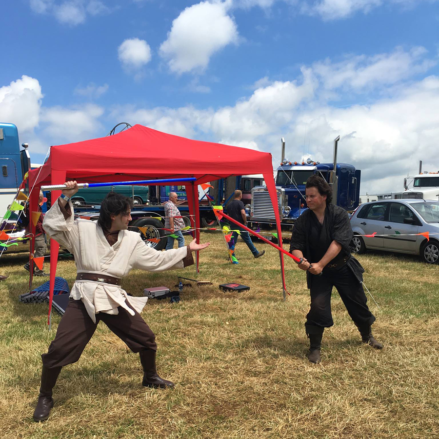 jedi-vs-sith-bloxham-rally